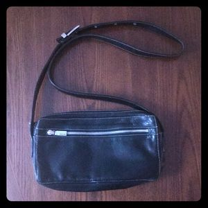 Perlina small black leather bag GUC